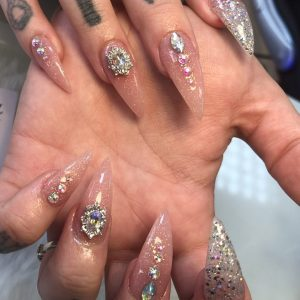 pointed nail with stones design 0802192
