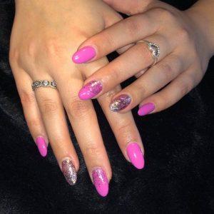 pick nail set with glitter 060319 3