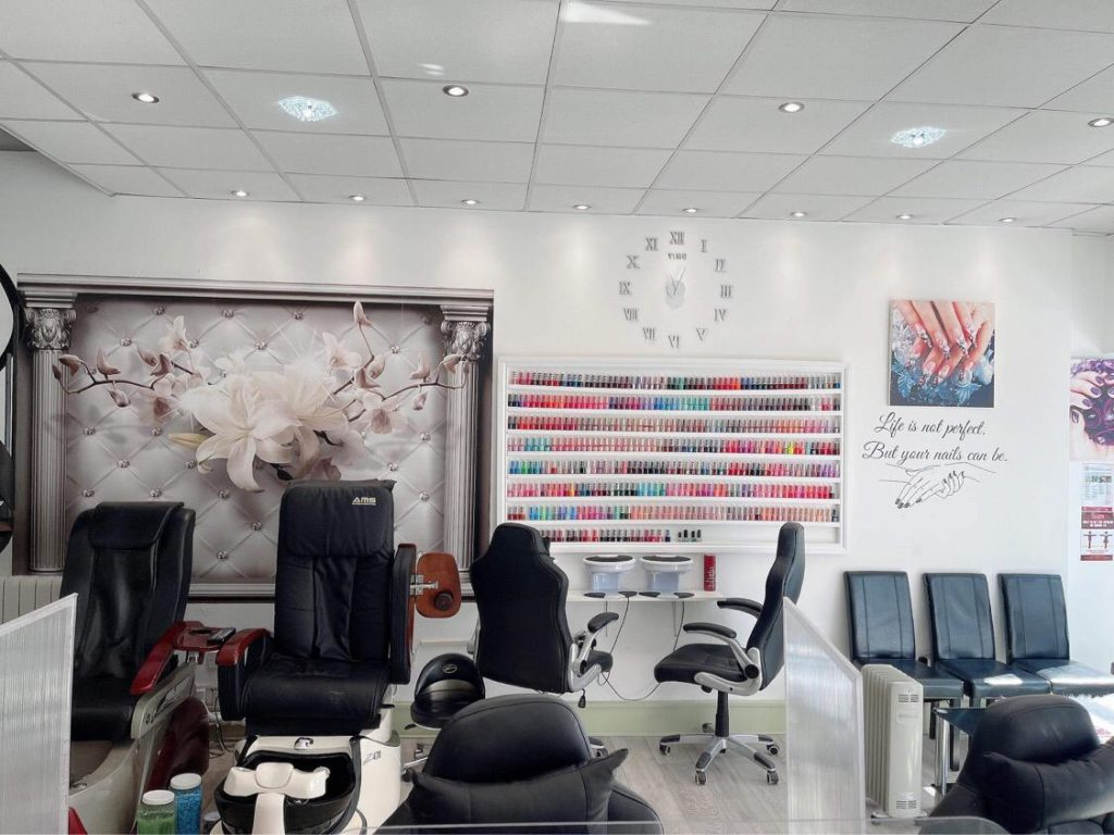 cindy-nails-and-beauty-derby-interior-2